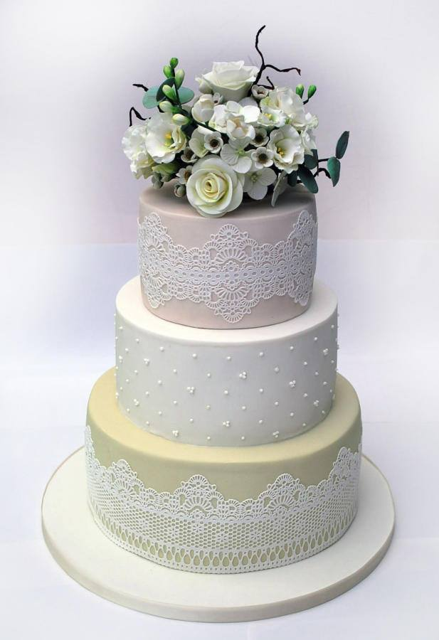 Chantilly Lace Mats For Cake Decorating